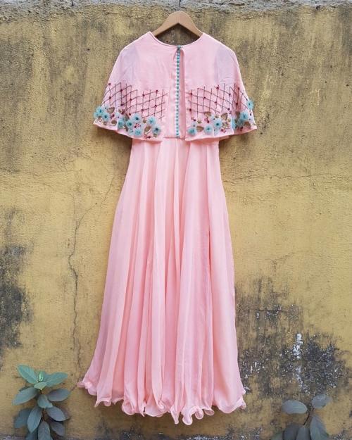 PSL239 2 Fashion Designer and Brand Priti Sahni 500x625 - Anarkalis and Suits