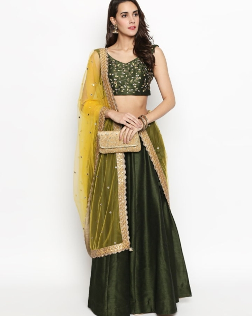 PSL284 1 Fashion Designer and Brand Priti Sahni 500x625 - Lehengas