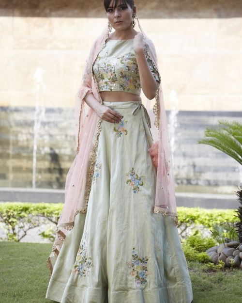 PSL313 1 Fashion Designer and Brand Priti Sahni 500x625 - Lehengas