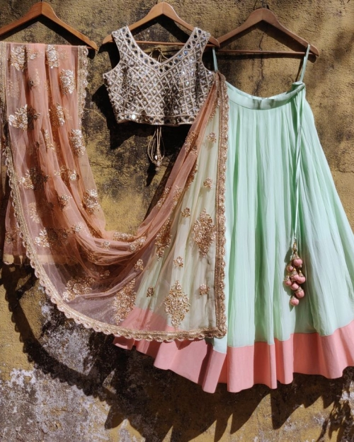 PSL363  Fashion Designer and Brand Priti Sahni 500x625 - Lehengas