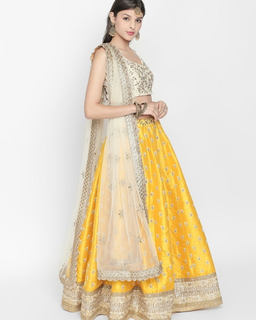 PSL373 1 Fashion Designer and Brand Priti Sahni 500x625 - Lehengas