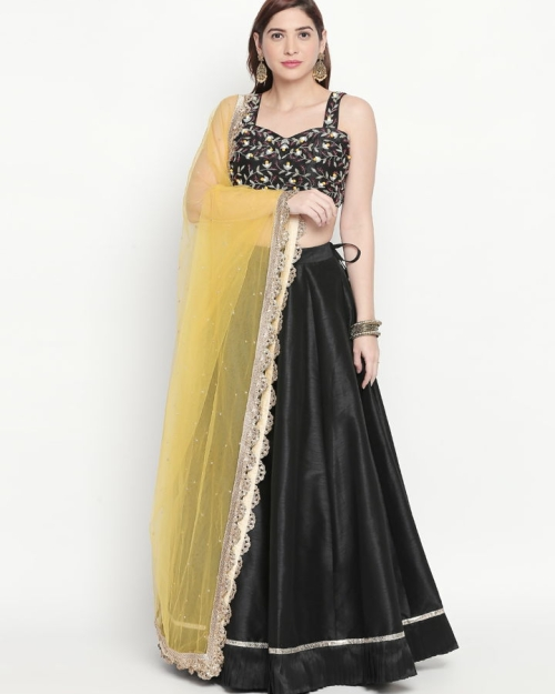 PSL384 1 Fashion Designer and Brand Priti Sahni 500x625 - Lehengas