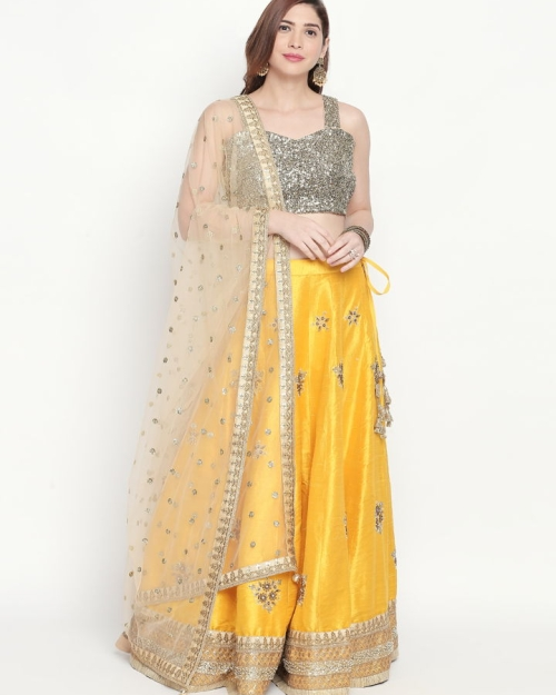 PSL385 1 Fashion Designer and Brand Priti Sahni 500x625 - Lehengas
