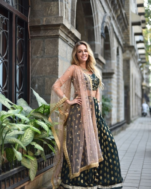 PSL433 6 Iksha Lehenga Fashion Designer and Brand Priti Sahni 500x625 - Lehengas