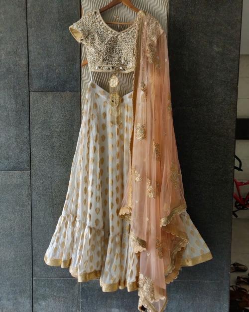 PSL436 1 Fashion Designer Brand Priti Sahni e1589232870872 500x625 - Lehengas
