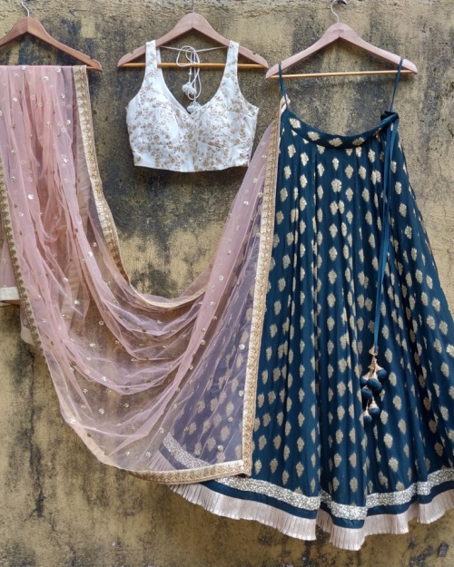 PSL440 1 Fashion Designer Brand Priti Sahni 500x625 - Lehengas