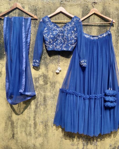 PSL446 2 Fashion Designer Brand Priti Sahni 500x625 - Lehengas