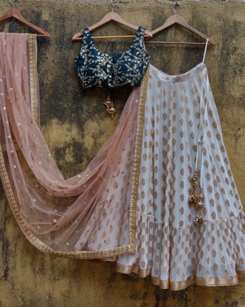 PSL451 1 Fashion Designer Brand Priti Sahni 500x625 - Lehengas