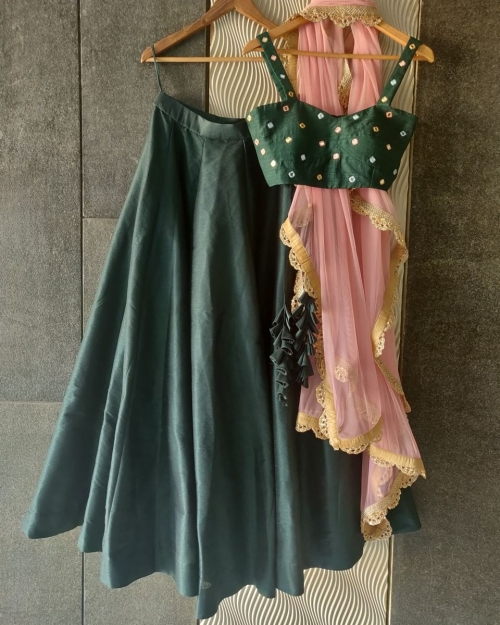 PSL459 1 Fashion Designer Brand Priti Sahni e1589228878498 500x625 - Lehengas
