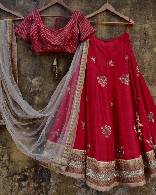 PSL485 1 Fashion Designer and Brand Priti Sahni 500x625 - Lehengas
