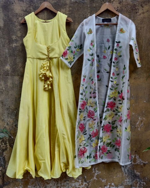 PSL495 1 Fashion Designer and Brand Priti Sahni 500x625 - Anarkalis and Suits