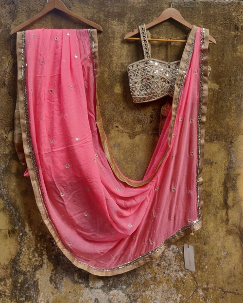 PSS402 3 Fashion Designer and Brand Priti Sahni 500x625 - Sarees