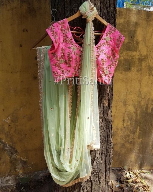PSS535 1 Fashion Desiger and Brand Priti Sahni 500x625 - Sarees