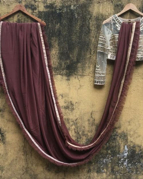 PSS538 1 Fashion Desiger and Brand Priti Sahni 500x625 - Sarees