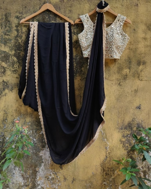 PSS543 1 Fashion Desiger and Brand Priti Sahni 500x625 - Sarees