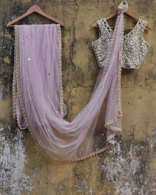 PSS556 1 Fashion Designer and Brand Priti Sahni 500x625 - Sarees