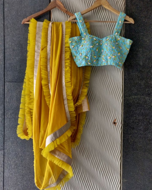 PSS561 1 Fashion Designer Brand Priti Sahni 500x625 - Sarees
