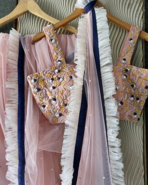 PSS562 1 Fashion Designer Brand Priti Sahni e1589234163986 500x625 - Sarees
