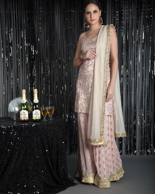 PST24 1 Fashion Designer Brand Priti Sahni 500x625 - Anarkalis and Suits