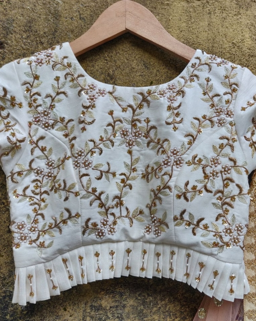 PSB10 1 Blouse Fashion Designer and Brand Priti Sahni 500x625 - Blouses