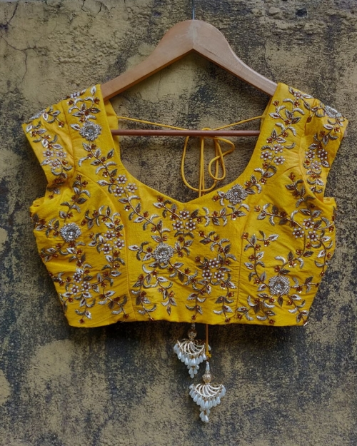 PSB13 1 Blouse Fashion Designer and Brand Priti Sahni 500x625 - Blouses