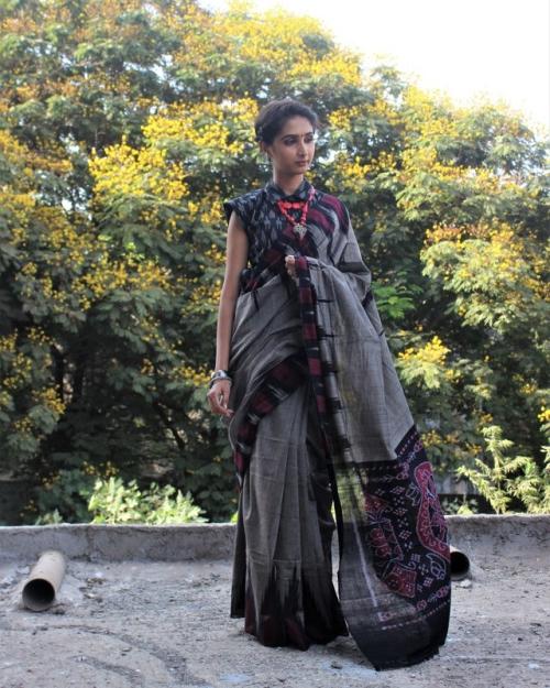 PSH01 1 Amota Fashion Designer and Brand Priti Sahni 500x625 - Amota : Handwoven Clothing