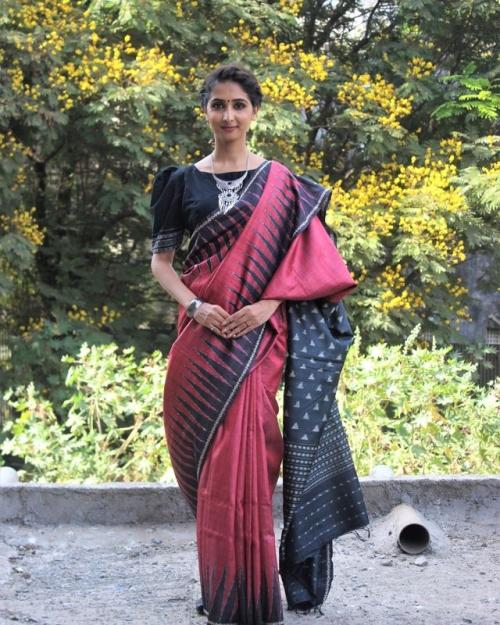 PSL09 1 Fashion Designer and Brand Priti Sahni 500x625 - Amota : Handwoven Clothing