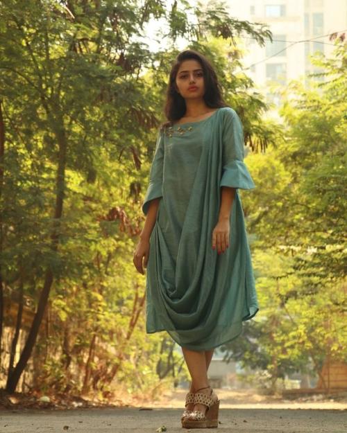 PST12 1 Amota Fashion Designer and Brand Priti Sahni 500x625 - Amota : Handwoven Clothing