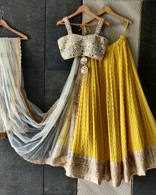 PSL501 1 Fashion Designer and Brand Priti Sahni 500x625 - Lehengas