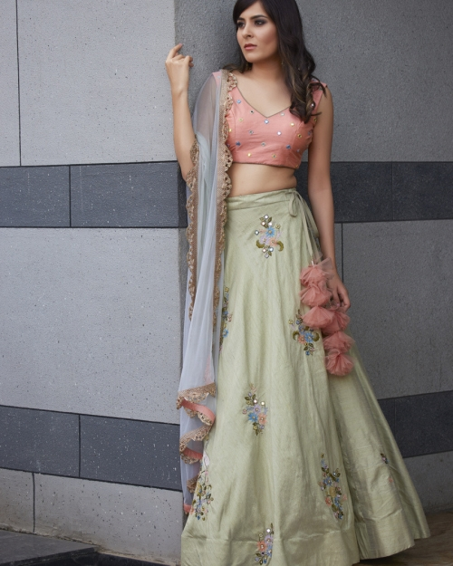 PSL503 1 Fashion Designer and Brand Priti Sahni 500x625 - Lehengas