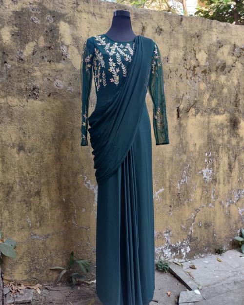 PSS568 1 Fashion Designer and Brand Priti Sahni 500x625 - Indo-Western