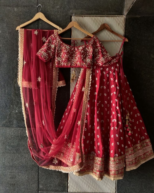 PSL505 Fashion Designer and Brand Priti Sahni 1 500x625 - Lehengas