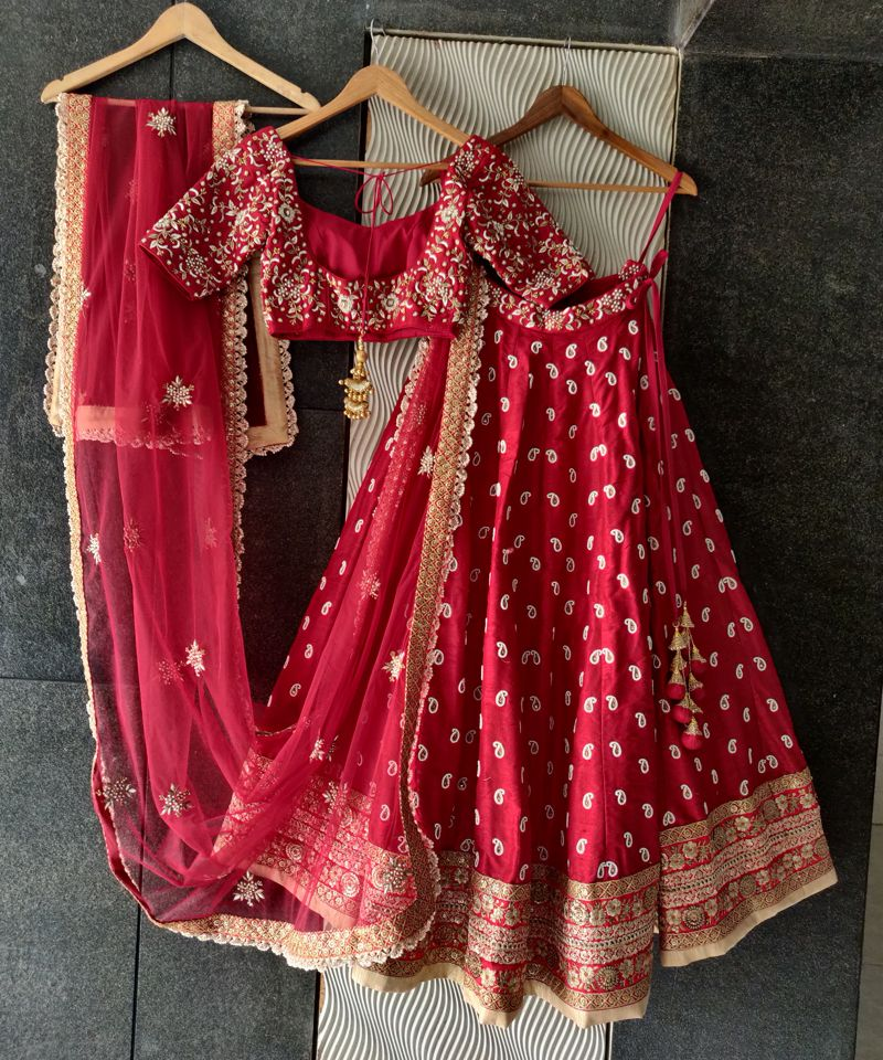 Red Bridal Paisley Work Lehenga - Fashion Brand & Designer Priti Sahni 6