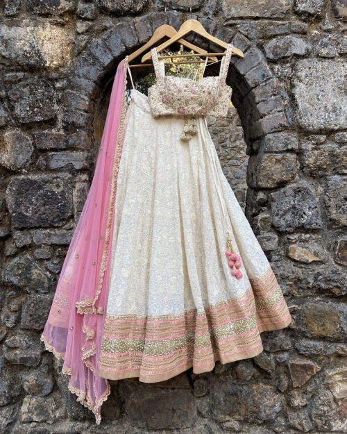 PSL544 1 Top Fashion Brand and Designer Priti Sahni Mumbai India 500x625 - Lehengas