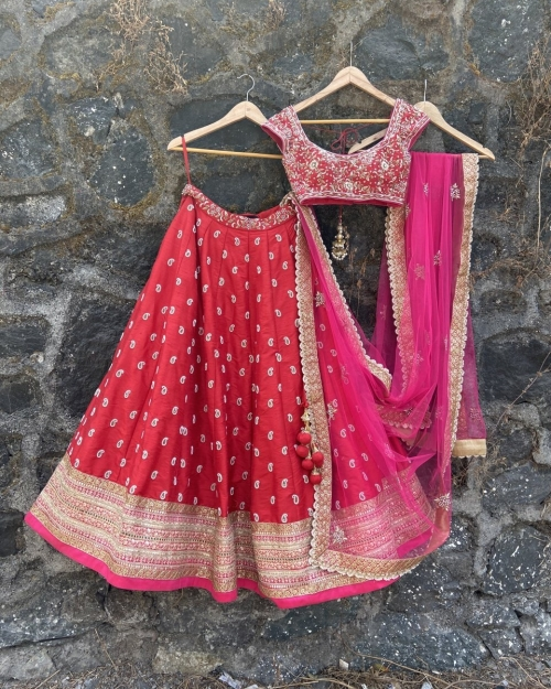 PSL540 Fashion Designer and Brand Priti Sahni 1 500x625 - Lehengas