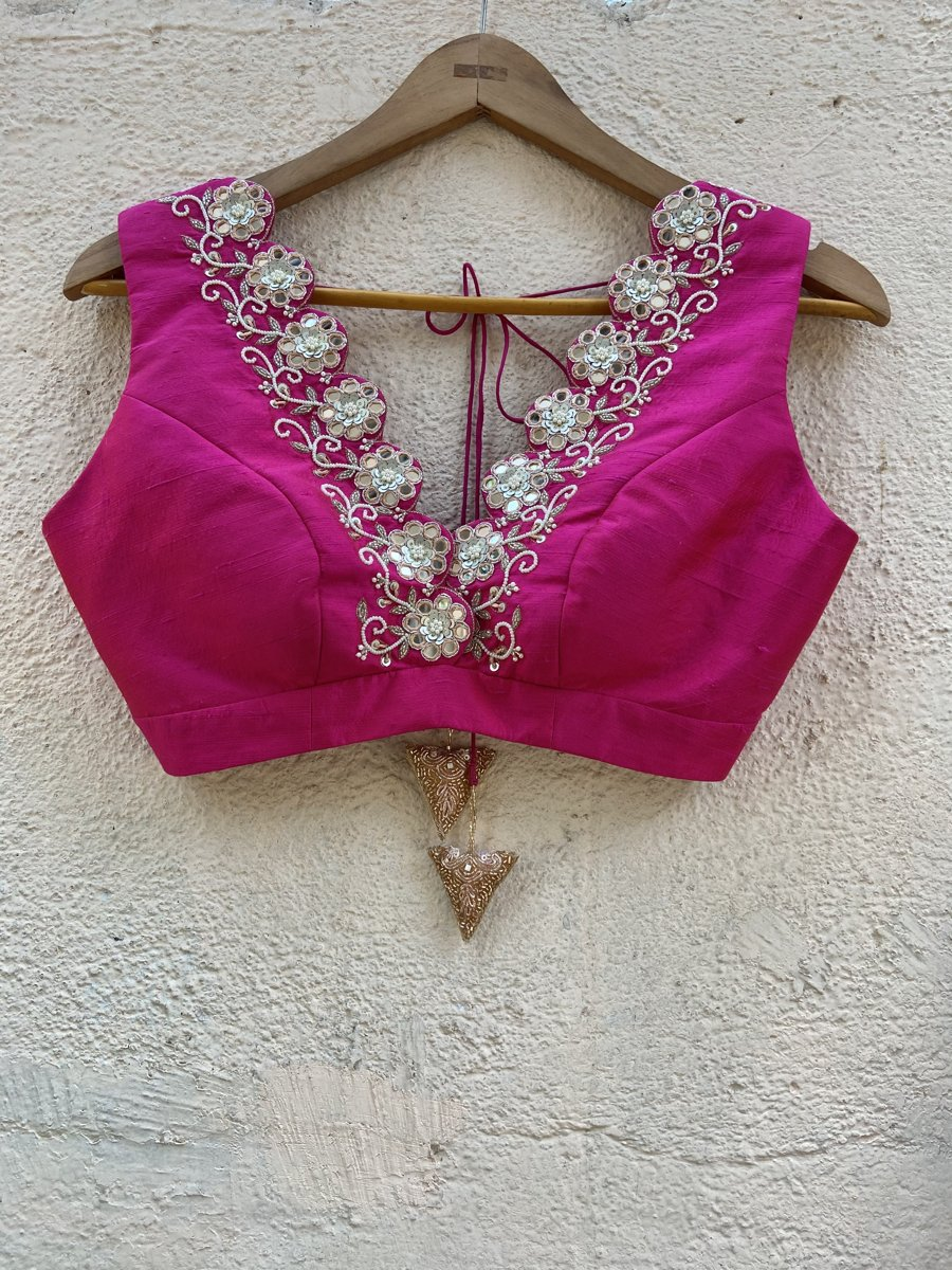 Nude Butti and Fuchsia Lehenga Set - Fashion Brand & Designer Priti Sahni 3
